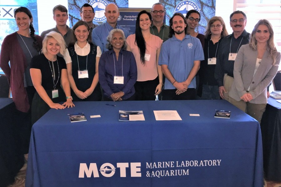 Mote's research team that participated in the 10th US Symposium on Harmful Algae