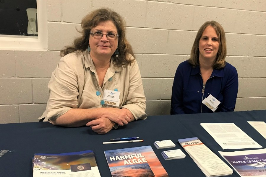 Dr. Cindy Heil of Mote and Mary Lusk of UF. Credit: Mote Marine Laboratory