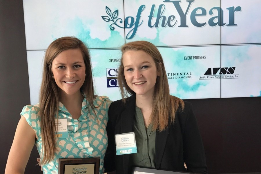 Mote's marketing manager, Sofie Wachtmeister, and intern Mary Alice Blackstock, receive award. Credit: Mote Marine Lab.