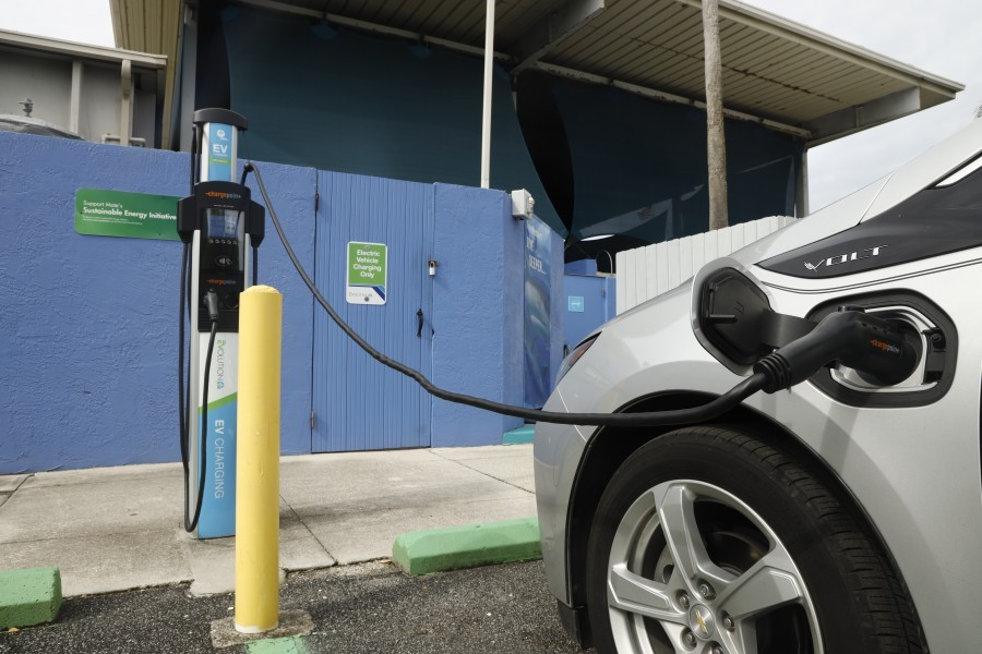One of multiple electric vehicle charging stations available for free at Mote Aquarium. Photo by: Cameron McPhail / Mote