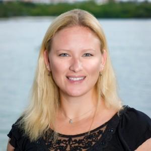 Dr. Andrea Tarnecki