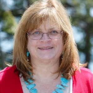 Dr. Cynthia Heil