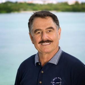 Dr. Richard Pierce